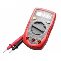 UNIVERSAL DIGITAL MULTIMETER